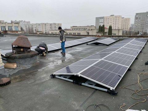 Реконструкція даху Добротвірської ЗОШ I-IIIступенів з встановленням сонячної електростанції